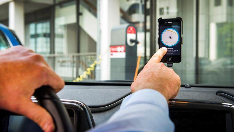 Volgens Uber ligt de verantwoordelijkheid van handhaving bij de gemeente. Beeld ANP