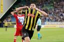 Guram Kashia viert de 3-2 tegen FC-Utrecht.