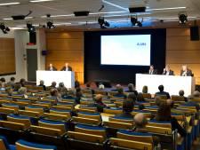ASML in Veldhoven wil haar beloningen meten aan grote bedrijven