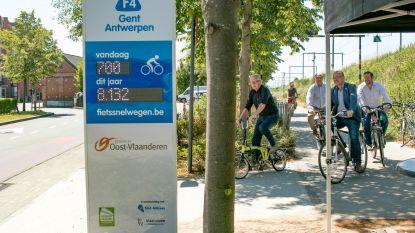 Nieuwe fietstelpaal aan fietssnelweg ter hoogte van Westerplein