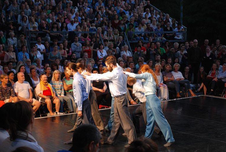 Polonaises op het podium: kunst! Beeld Openluchttheater