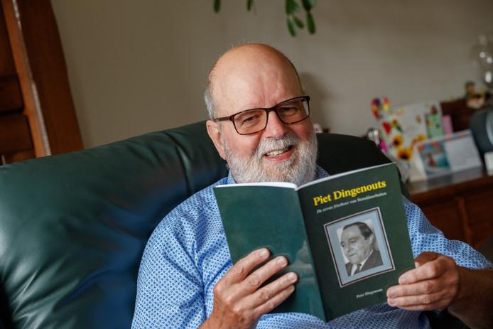 """Zoon Peter heeft een boekje gemaakt over het leven van zijn vader Piet. ,,Als vader meeging naar het ziekenhuis was dat altijd een feestje."""""""