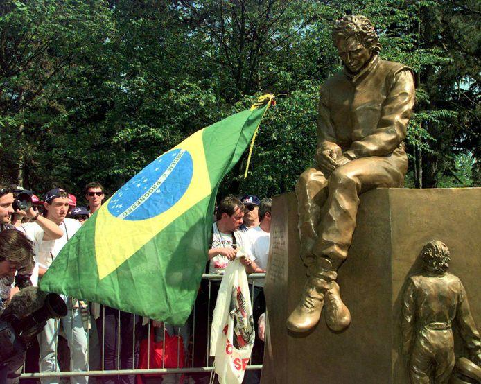 Het monument van Ayrton Senna op Imola.