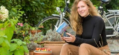 Meisje met fiets, droom en oneindig veel tijd