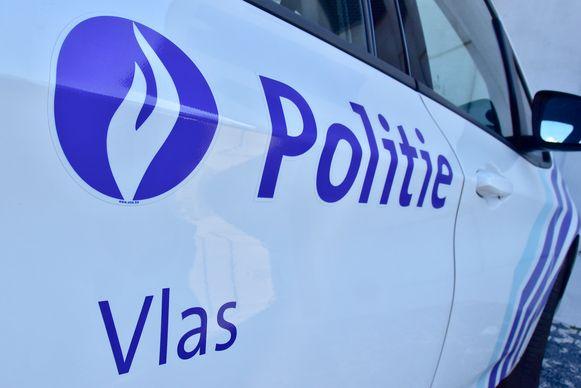 De politie van de zone Vlas vatte twee van de drie verdachten bij de lurven.