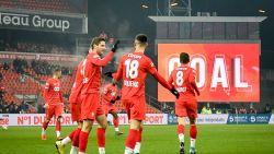 Standard makkelijk langs amateurs van Rebecq, ook Essevee en Kortrijk door - Union klopt Westerlo na strafschoppen
