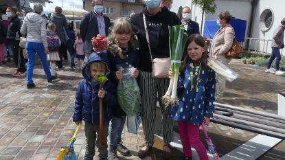 Bezoekers trotseren kwakkelweer voor eerste boerenmarkt