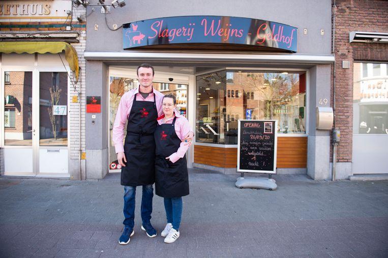 De slagerij Weijns-Geldhof van Jim Weijns en Anke Geldhof opent aanstaande donderdag haar deuren in Putte (Stabroek).
