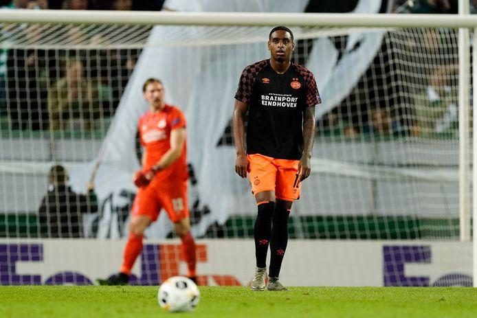 Een teleurgestelde Pablo Rosario tijdens het duel tussen Sporting Lissabon en PSV (4-0), misschien wel Rosario's slechtste wedstrijd van dit seizoen.