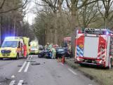 Slachtoffer zwaargewond na botsing met vrachtwagen in Soest