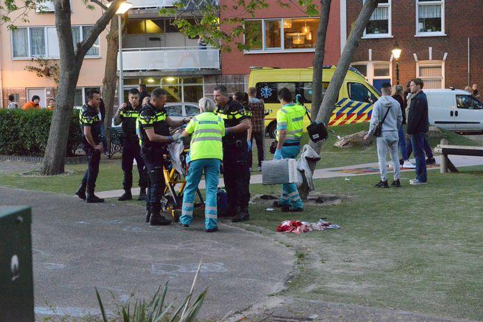 Het slachtoffer moest met spoed naar een ziekenhuis worden gebracht.