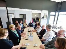 Jongeren en ouderen komen samen in het supporterscafe Baan 4 op Vierhoeven