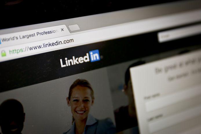 De browserplugin Lusha laat gebruikers telefoonnummers zoeken bij LinkedIn-profielen, zonder dat de eigenaars daarvan op de hoogte zijn.