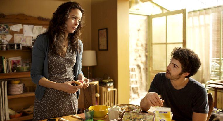 Bérénice Bejo en Tahar Rahim in Le passé van Asghar Farhadi. Beeld