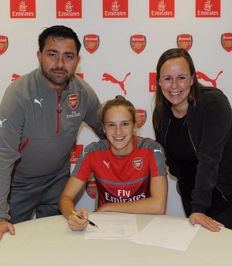 Miedema wordt vierde Nederlandse voetbalster bij Arsenal