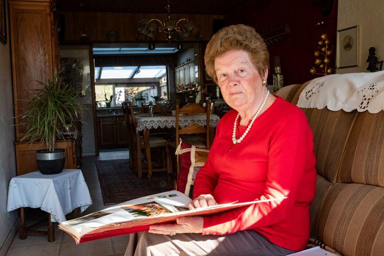 Juf Julia woont in Maria-ter-Heide. Ze gaf bijna veertig jaar les waarvan tussen 1969 en 1993 in 't Scholeke.