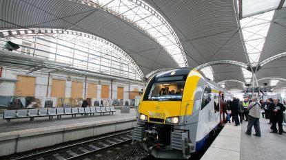 """Infrabel zet Siemens aan de schandpaal: """"Vermoedelijk is er paniek aan de top over de verder dalende stiptheid van de treinen"""""""