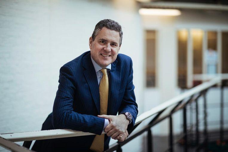 Paul Morgan, de directeur van The British School is in zijn nopjes met de 'nieuwe' locatie. 'Het heeft straks geen uitstraling van een gevangenis meer' Beeld Marc Driessen