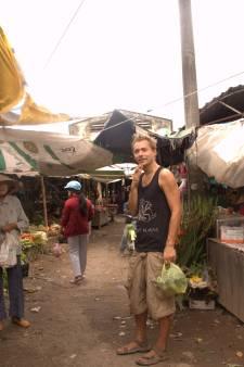 Van Zwolle naar Bali in 32 wereldgerechten, Tieme Hermans schrijft kookboek Noosh-e-Jaan