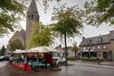 De voormalige kerk aan de Boschweg in Schijndel verandert weinig van uiterlijk in de toekomst. In de omgeving komen wel nieuwe patiowoningen. En de kerk wordt verbouwd tot 35 wooneenheden.
