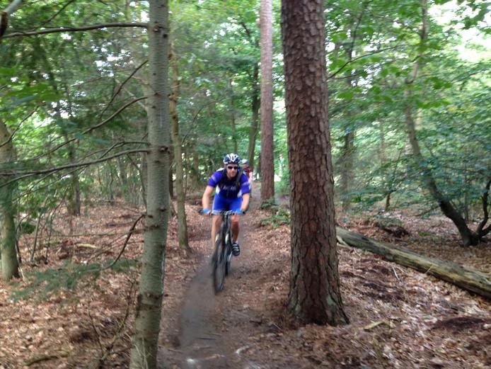 Mountainbikers kunnen later mogelijk van de Heuvelrug tot aan Duitsland onverhard rijden.