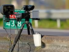 Drie Italianen met gestolen auto van A12 geplukt bij Duiven