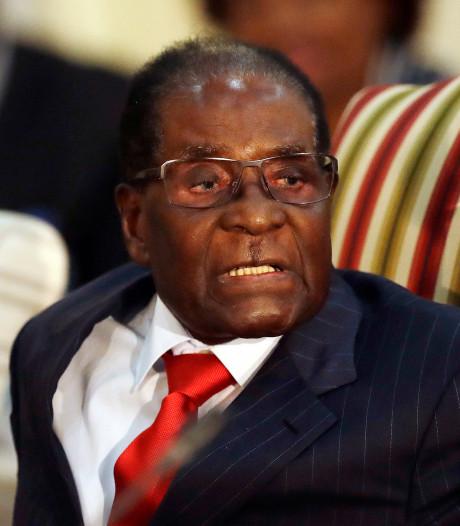 Sobere verjaardag voor Robert Mugabe