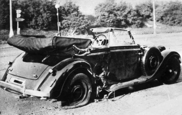 De Mercedes Benz van Heydrich kort na de aanslag Beeld