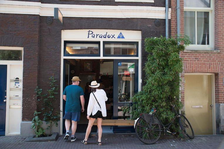 Coffeeshop Paradox Beeld Charlotte Odijk