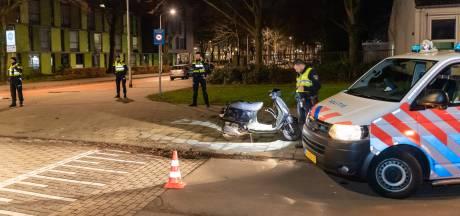Automobilist rijdt agent op scooter aan na drugsdeal in Tilburg
