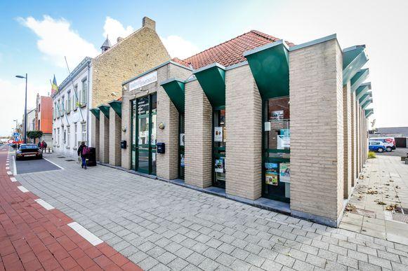 De bibliotheek in Westende sluit de deuren