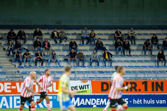 Zo zal de tribune bij RKC er tegen Vitesse ook uitzien.