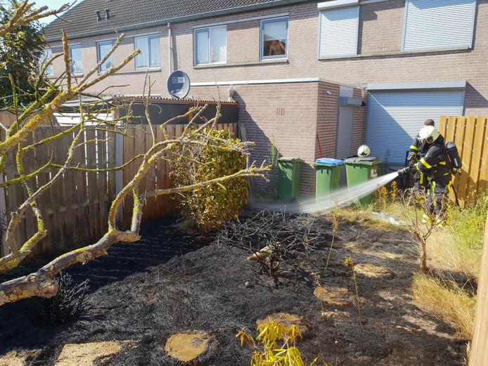 Fikse brand in achtertuin Kaatsheuvel.
