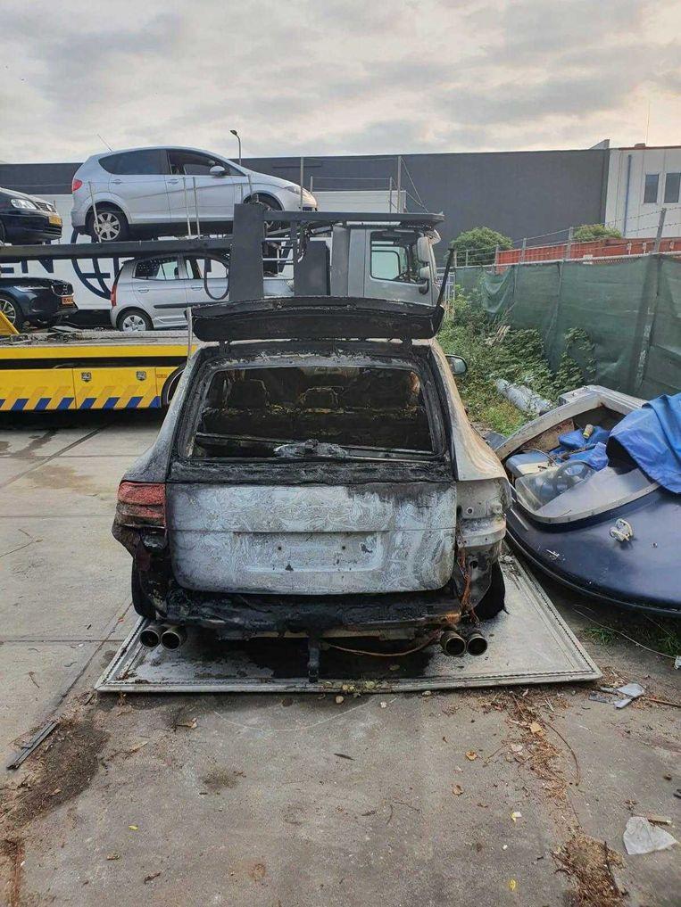 De Porche Cayenne was niet verzekerd voor brandschade. Beeld Het Parool
