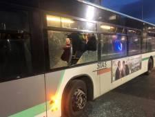 Débordements aussi à Saint-Étienne: un bus gantois attaqué