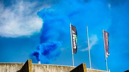Blauw-zwarte rook