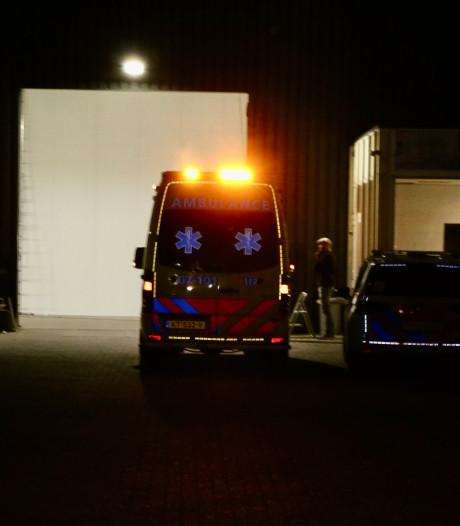 Traumaheli en hulpdiensten rukken uit voor beknelling in Duiven