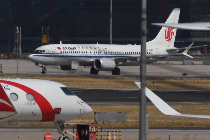 Een Boeing 737 Max 8 van Air China. China was een van de eerste landen die de toestellen aan de grond hield.