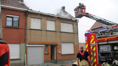 Woning vernield bij dakbrand