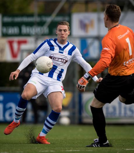 De Graafschap verhuurt Versteeg na contractverlenging aan Spakenburg