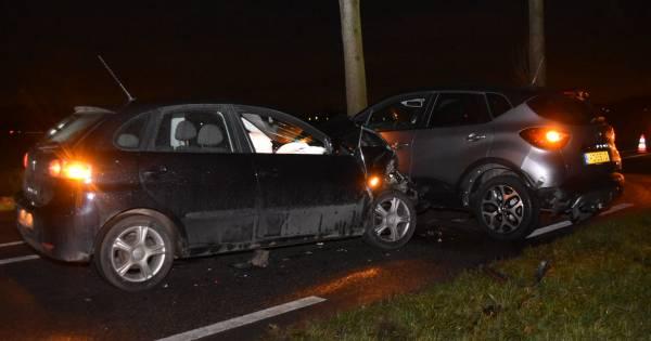 RT Drie auto's beschadigd bij ongeval op recht stuk weg in Gameren: GAMEREN