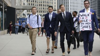 Mannen lopen op hoge hakken tegen seksisme