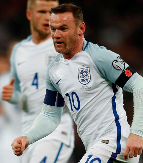 Rooney met nummer 10 én aanvoerdersband in afscheidsinterland