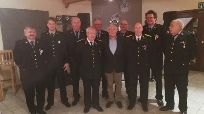 Brandweermannen Waarschoot worden beloond met eretekens