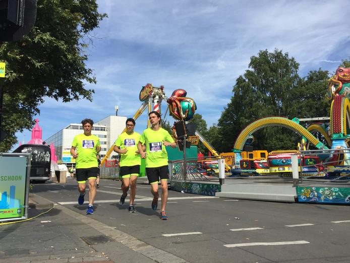 Tilburgse Kermisrun: fun & run langs attracties op de Tilburgse kermis.