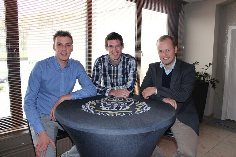Joris Van Der Gucht, de man rechts aan de tafel.