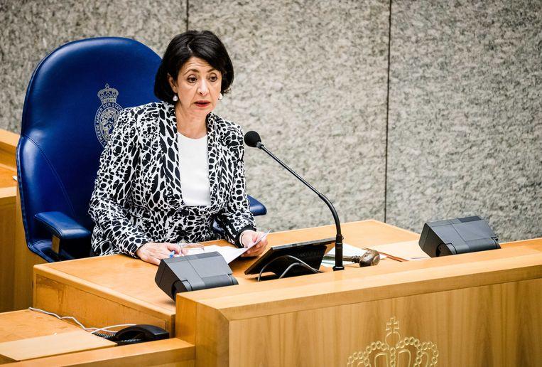 Kamervoorzitter Khadija Arib tijdens een Tweede Kamerdebat. Beeld ANP
