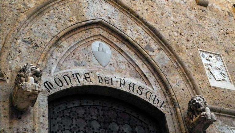 Het gebouw van de Monte dei Paschi di Siena. Beeld afp
