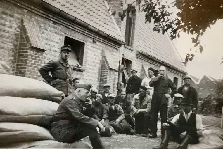 Duitse mannen van Organisation Todt, in 1944 op het domein van College ten Doorn.
