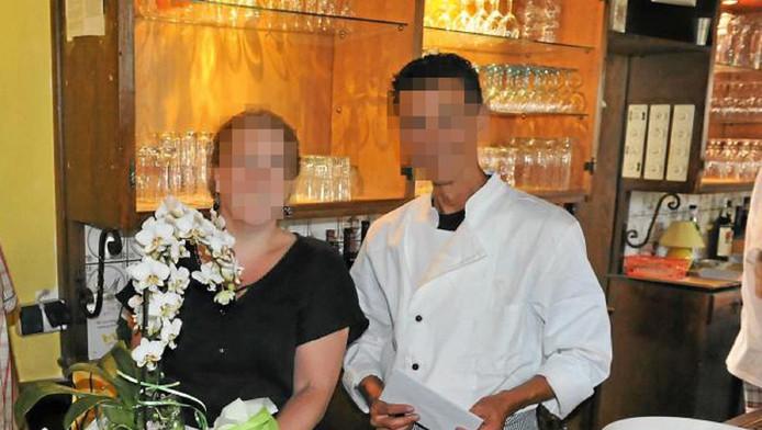 Paul van M. met links zijn vriendin Anneke